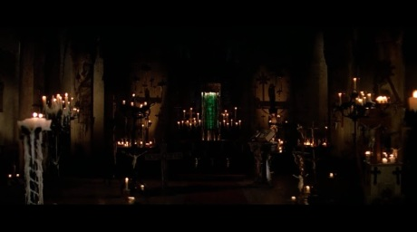 John-Carpenter-Prince-of-Darkness-1987-chamber-container-green-liquid